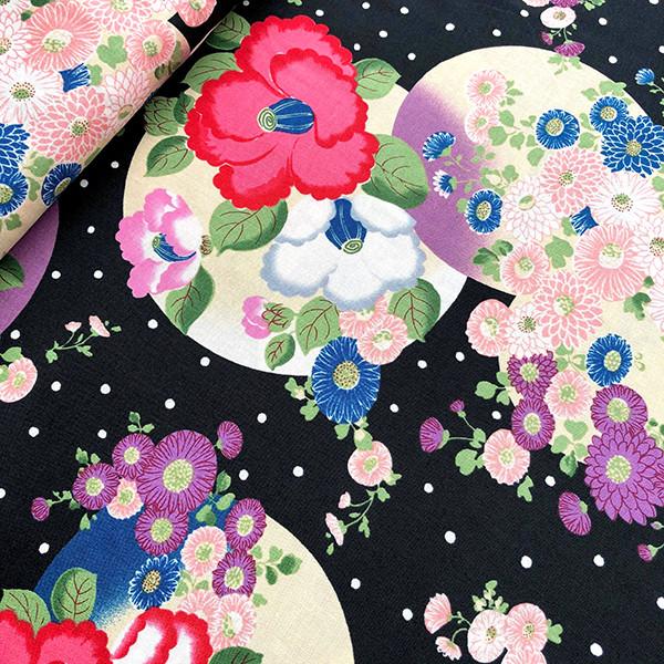 Tissu japonais Kokka en popeline de coton Tsubaki Yukiare noir